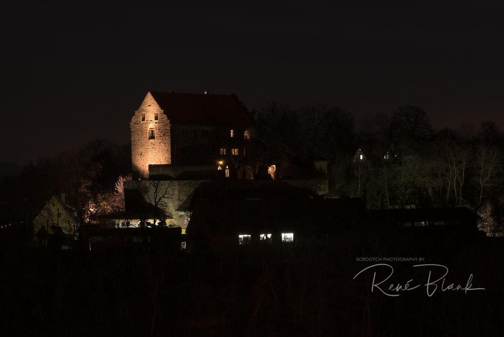Schloss Neumagenheim bei Nacht